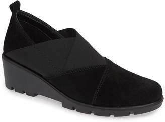 The Flexx Crosstown Slip-On Shoe