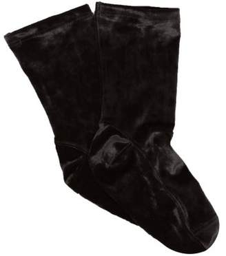 Darner Socks - Crushed Velvet Ankle Socks - Womens - Black