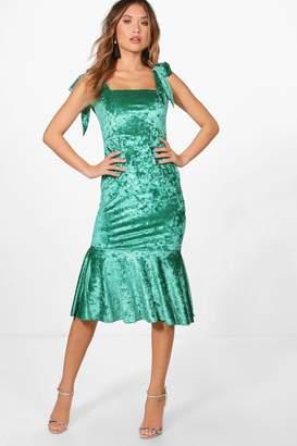 boohoo Sasha Velvet Tie Straps Fishtail Midi Dress