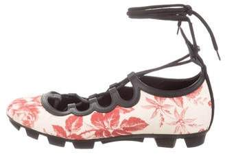 Gucci Floral Sneaker - ShopStyle 943697ed5