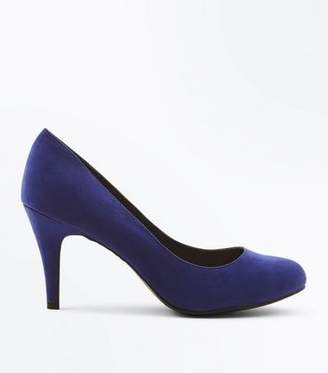 New Look Wide Fit Navy Suedette Round Toe Courts