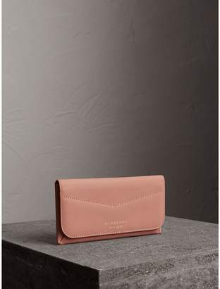 Burberry Trench Leather Envelope Wallet