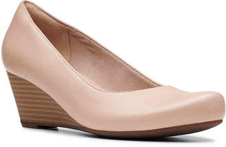 Clarks Flores Petra Wedge Pump - Women's