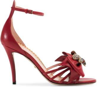 Gucci Leather sandal with bow