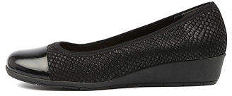 New Supersoft Fergy Black Embossed Lea Womens Shoes Comfort Shoes Flat