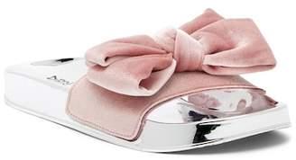 Chinese Laundry Morissey Velvet Bow Slide Sandal