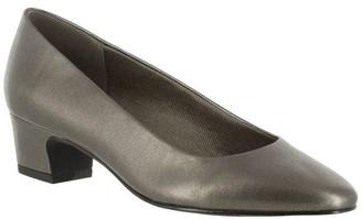 Easy Street Shoes Pumps - Prim