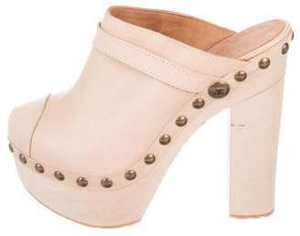 929a6665027 Chanel Leather Platform Clogs