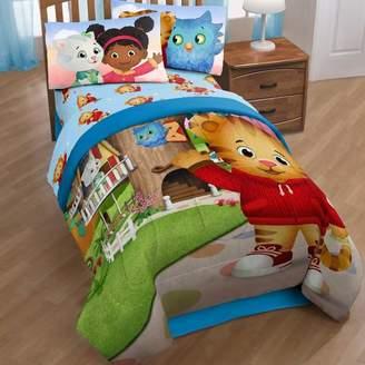 Disney Daniel Tiger Treehouse Pals Reversible Comforter