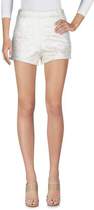 Mila Louise GRACE & Shorts