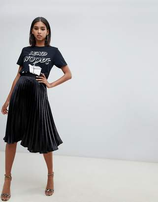 Missguided satin pleated midi skirt in black