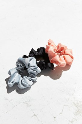 Urban Outfitters Satin Scrunchie Set $10 thestylecure.com