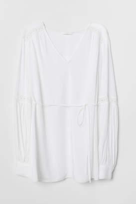 H&M MAMA V-neck blouse