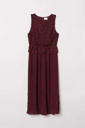 H&M Pleated Lace Dress - Red
