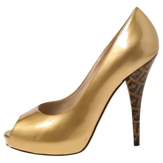 Fendi Gold Patent leather Heels