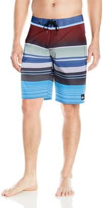 Quiksilver Men's Everyday Stripe Vee 21 Boardshort