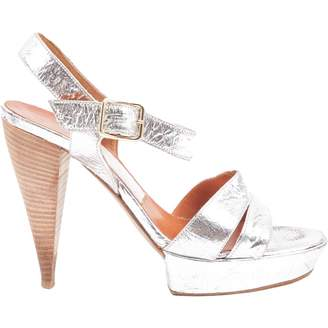Lanvin Silver Patent leather Heels
