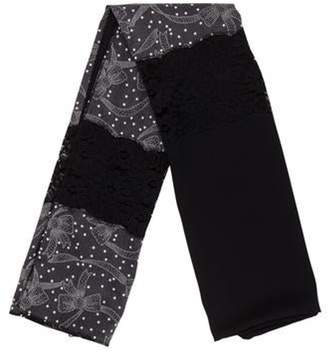 Dolce & Gabbana Printed Lace-Trimmed Scarf w/ Tags Black Printed Lace-Trimmed Scarf w/ Tags