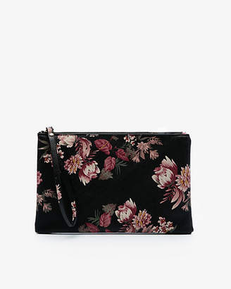 Le Château Floral Print Leather-Like Cosmetic Pouch