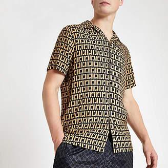 River Island Mens Brown RI monogram short sleeve shirt
