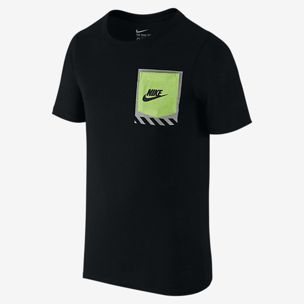 Nike Tech Pocket Big Kids' (Boys') T-Shirt (XS-XL)