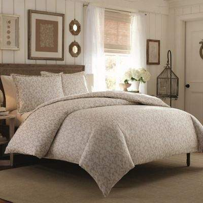Victoria Flannel King Comforter Set in Brown