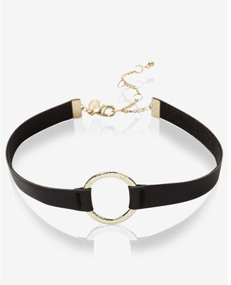 Express hammered circle and leather choker necklace $19.90 thestylecure.com