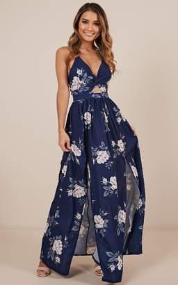 Showpo Imagine This maxi dress in navy floral - 8 (S) Racewear