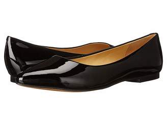 Trotters Estee Women's Slip-on Dress Shoes