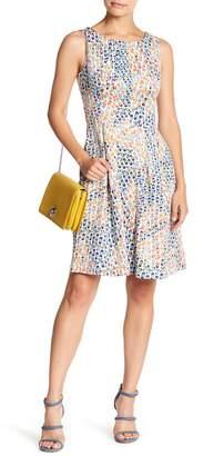 Gabby Skye Sleeveless Print Scuba Dress