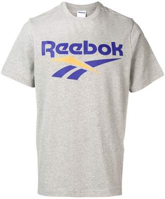Reebok (リーボック) - Reebok Vector Tシャツ