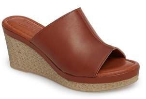 Octavia TUSCANY by Easy Street(R Espadrille Wedge