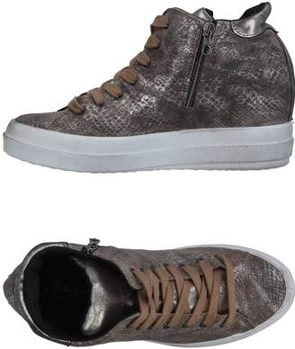 Mng High-tops & sneakers - Item 11340927NP