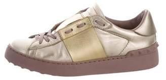 Valentino Rockstud Low-Top Sneakers