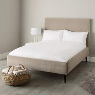 The White Company Dulwich Velvet Bed