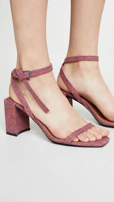 Jaggar Essential Houndstooth Sandals