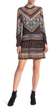 Laundry by Shelli Segal Patterned Pleated Shirtdress
