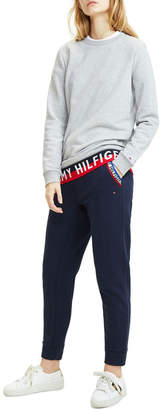 Tommy Hilfiger Logo Long Sleeve Sweatshirt