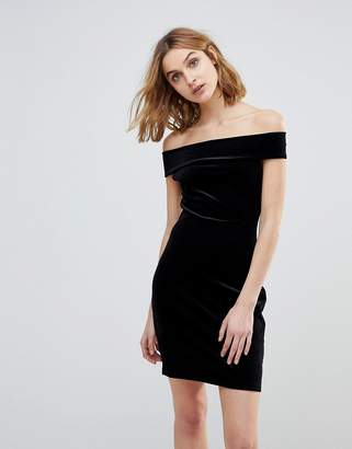 French Connection Lula Stretch Velvet Off Shoulder Dress