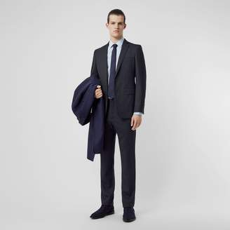 Burberry English Fit Sharkskin Wool Suit