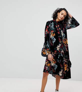 Reclaimed Vintage Inspired Velvet Midi Smock Dress In Floral Print