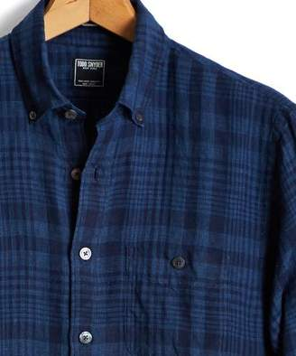 Todd Snyder Slim Linen Indigo Check Button Down Shirt in Indigo