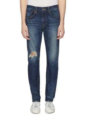 R 13 'Skate' ripped knee jeans