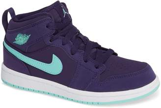 Nike JORDAN 'Jordan 1 Mid' Basketball Shoe