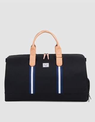 Herschel Novel Offset Weekend Bag in Black/Blue