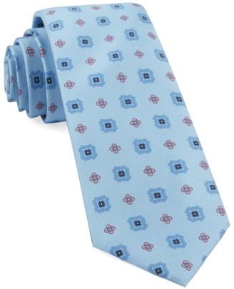 The Tie Bar Wildflower Medallion