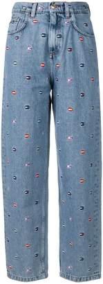 Tommy Hilfiger logo patch mom jeans