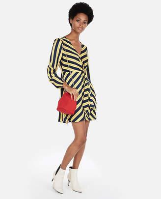 Express Petite Striped Knotted V-Neck Dress
