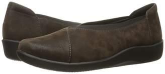 Clarks Sillian Holly Women's Slip on Shoes
