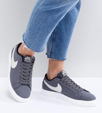 Nike Sb Blazer Vapor Trainers In Grey